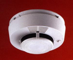 Image d'un détecteur de fumée, bientôt obligatoire